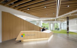 微软加拿大卓越中心办公空间装饰设计