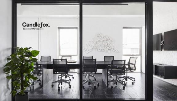 办公室装修中的墙面这么设计,看起来更高级!