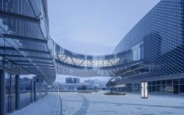 """商业写字楼建筑设计,凭借""""以人为本""""的设计理念,能否在未来发展中占位?"""